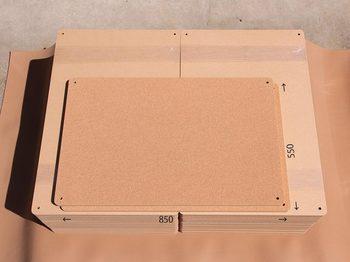 特注コルクボード納品完了(枠なし850×550 18mm)