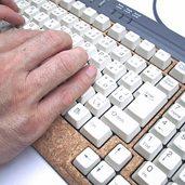 コルクでキーボードをオーバーホールしました。